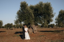 Paola Lattarini destination wedding and elopement photographer masseria Puglia Ostuni
