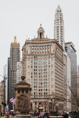 Paola-lattarini-destination-wedding-elopement-photographer-travel-blog-photography-chicago-USA-exploring-blues-street-traveling-1