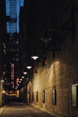 Paola-lattarini-destination-wedding-elopement-photographer-travel-blog-photography-chicago-USA-exploring-blues-street-traveling-10