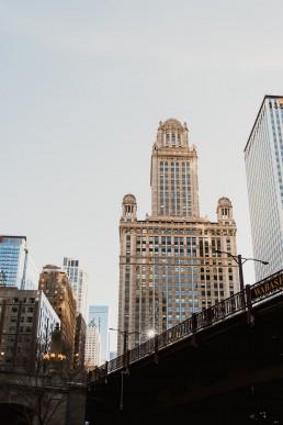 Paola-lattarini-destination-wedding-elopement-photographer-travel-blog-photography-chicago-USA-exploring-blues-street-traveling-24